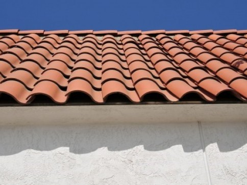 concrete or clay tile roofing choice by rain guard roofing